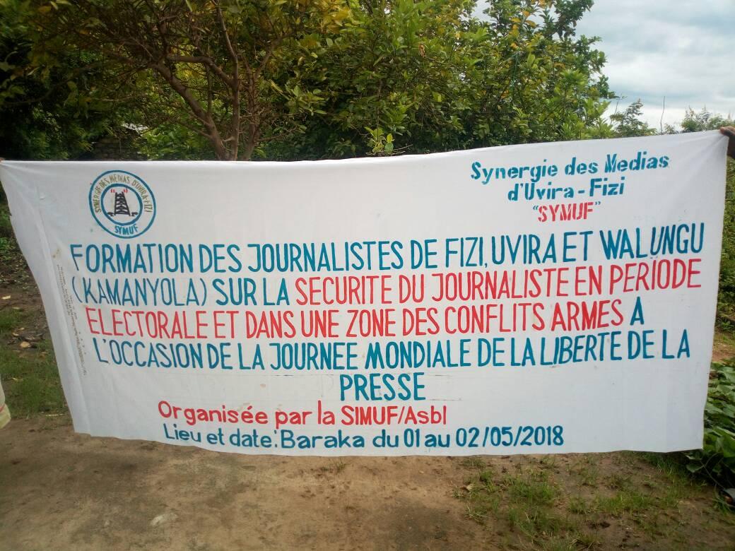Sud-Kivu : La Synergie des Médias d'Uvira-Fizi a organisé une formation sur ''la sécurité du Journaliste en période électorale et dans une zone des conflits armés'' à l'occasion de la Journée Internationale de la liberté de la Presse (Amani DAUDI/Ongea)